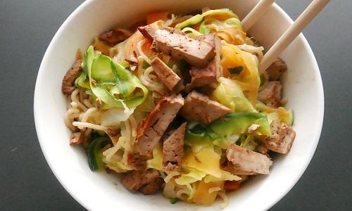 wok med tofu til aftensmad