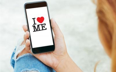 Boost din selvkærlighed med daglige SMS-input